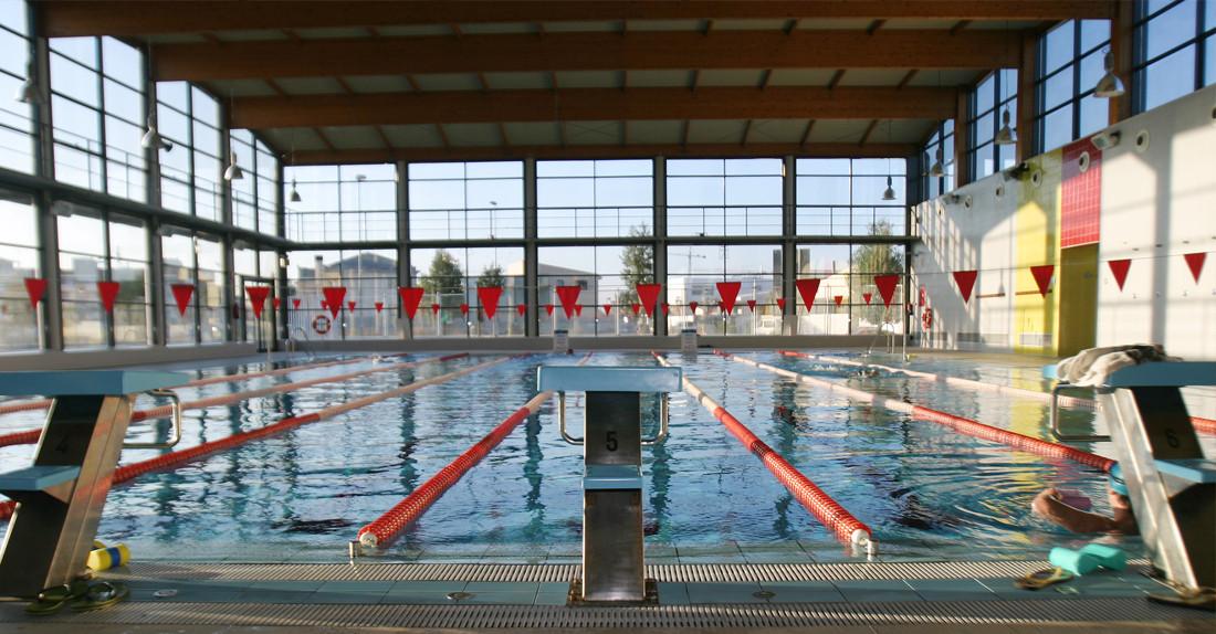 la piscina de algemes aprovecha las vacaciones para